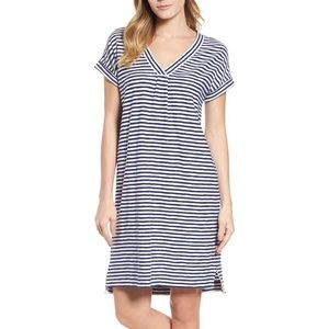 Vineyard Vines vneck striped T-shirt dress